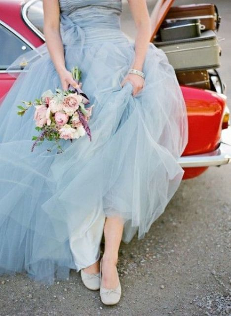 Pantone's-2016-Color-21-Charming-And-Dreamy-Serenity-Wedding-Ideas21